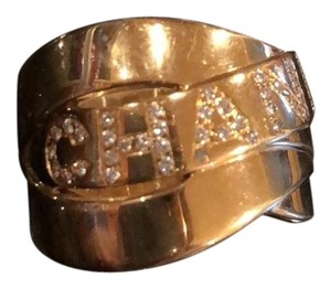 Chanel signature diamond ring in 18k gold