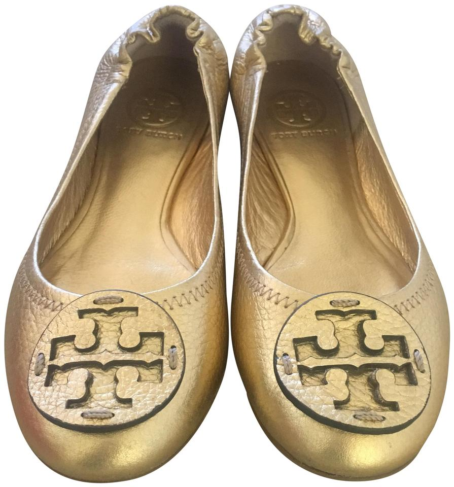 81cee99e8e2 Tory Burch Gold Reva Flats Size US 5.5 Regular (M
