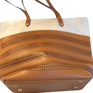 Stella & Dot Tote in Beige and camel