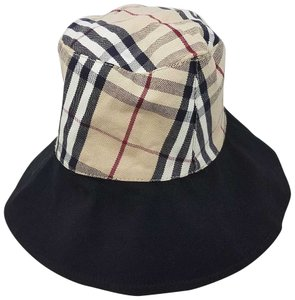 33f6900d008 Burberry Hats   Caps - Up to 70% off at Tradesy (Page 4)
