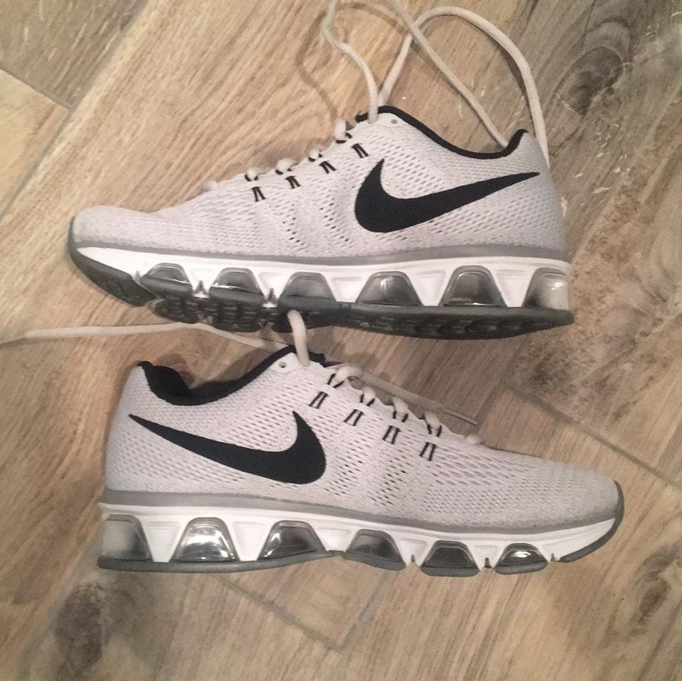 Nike Wolf Grey Run Easy  Air Max Sneakers Size US 8.5 Regular (M daa3e9fec