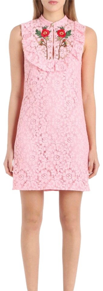 3fb5f0e6a51 Gucci Pink Cluny Embroidered Rose Lace Ss17 Short Cocktail Dress ...