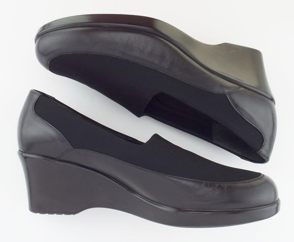 5ac776a9e06 Munro American Black Walking Slip On Wedges Pumps Size US 8 Wide (C ...