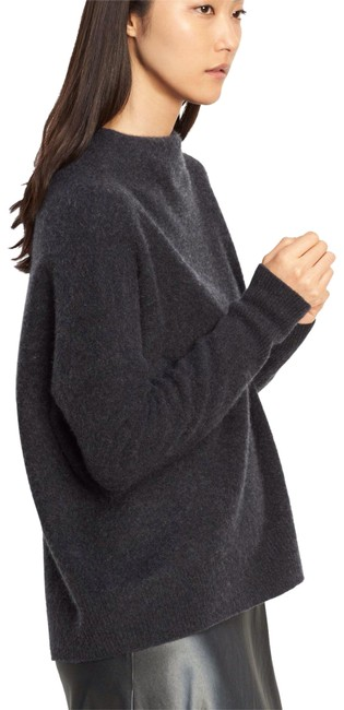 Preload https://img-static.tradesy.com/item/22851608/vince-carbon-cashmere-funnel-neck-sweaterpullover-size-2-xs-0-1-650-650.jpg