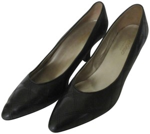 8a483394a7 Lord & Taylor Quilt Design Vintage Pointed Toe Black Pumps
