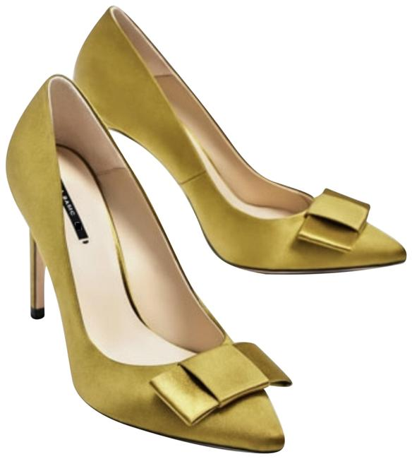 Item - Green Bow Satin Pointed Toe Pumps Size US 6 Regular (M, B)
