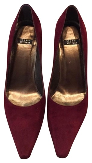 Preload https://img-static.tradesy.com/item/22854595/stuart-weitzman-burgundy-pumps-size-us-75-regular-m-b-0-2-540-540.jpg