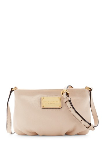 Preload https://img-static.tradesy.com/item/22854598/marc-jacobs-classic-percy-shoulder-shell-leather-cross-body-bag-0-0-540-540.jpg