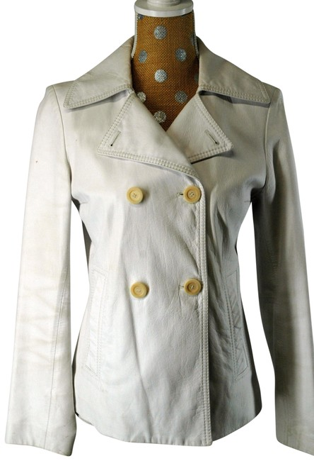 Preload https://item2.tradesy.com/images/fratelli-rossetti-white-leather-size-6-s-22854981-0-2.jpg?width=400&height=650