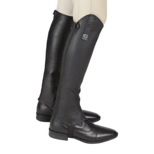 Preload https://img-static.tradesy.com/item/22855577/black-half-chaps-toppers-bootsbooties-size-us-5-regular-m-b-0-1-540-540.jpg