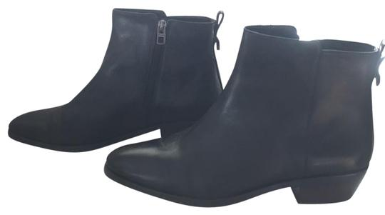 Preload https://img-static.tradesy.com/item/22855719/coach-black-booties-like-new-bootsbooties-size-us-95-regular-m-b-0-1-540-540.jpg