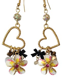 Betsey Johnson NWOT Enamel & Crystal Flower & Charms Heart Dangle Earrings