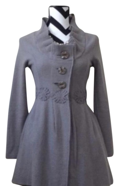 Preload https://item2.tradesy.com/images/gray-alice-in-autumn-sweater-spring-jacket-size-12-l-22855926-0-1.jpg?width=400&height=650