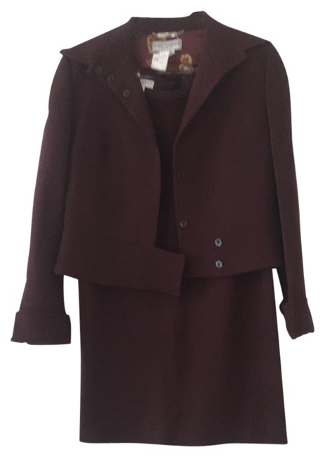 Preload https://item5.tradesy.com/images/dolce-and-gabbana-burgundy-chic-dolce-and-gabbana-pencil-skirt-suit-size-6-s-22855959-0-1.jpg?width=400&height=650