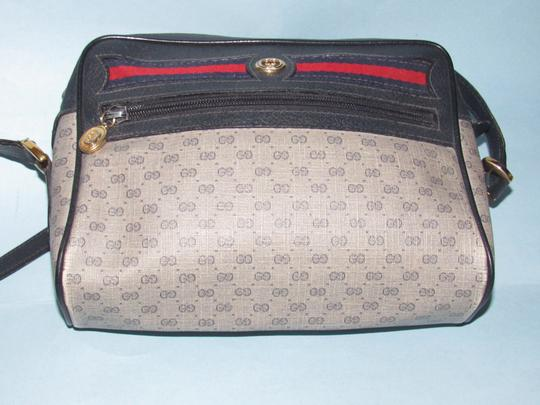 Gucci Shoulder/Cross Accessory Col Popular Style Mint Vintage Perfect For Everyday Cross Body Bag