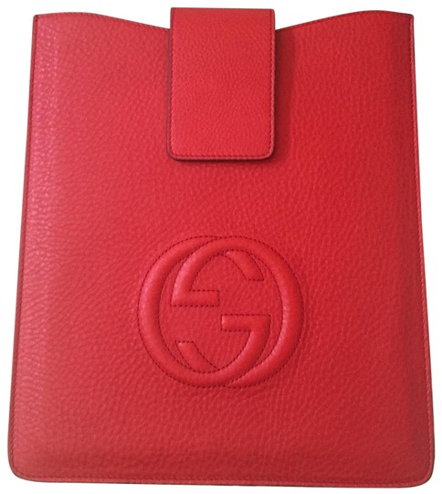 Preload https://item5.tradesy.com/images/gucci-red-soho-leather-ipad-case-tech-accessory-22856034-0-2.jpg?width=440&height=440