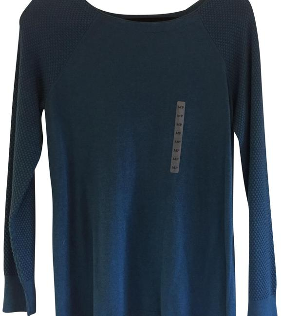 Preload https://item5.tradesy.com/images/ann-taylor-loft-blues-cable-sleeve-sweaterpullover-size-6-s-22856094-0-1.jpg?width=400&height=650