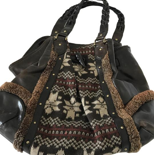Preload https://img-static.tradesy.com/item/22856138/cole-haan-perfect-for-winter-brown-with-motives-leather-and-wool-hobo-bag-0-1-540-540.jpg