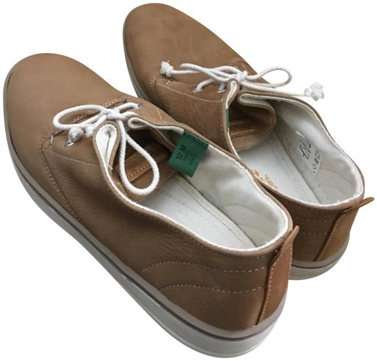 Preload https://img-static.tradesy.com/item/22856159/timberland-chestnut-leather-chukka-flats-size-us-12-regular-m-b-0-1-540-540.jpg