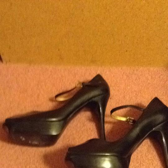 Guess Black Pumps