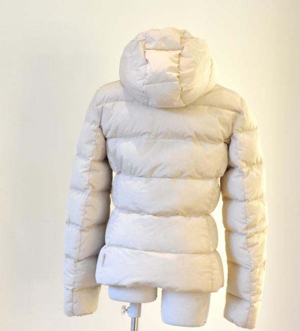 2d21eb6c1 Moncler Cream Hooded Puffer Jacket Coat Size 2 (XS) 52% off retail