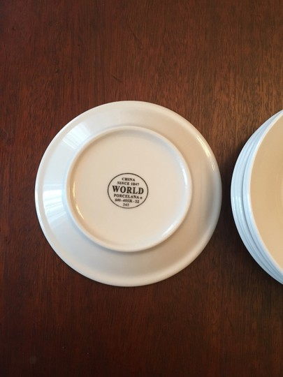 Anthropologie White New Set Of 4 Plates Casual China Image 1