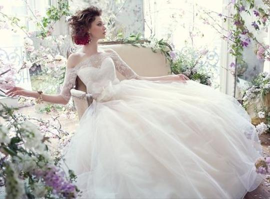 2358 Wedding Dress