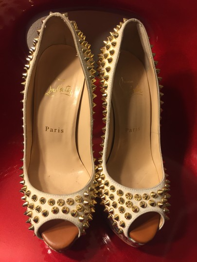 Christian Louboutin Limited Edition Summer Spikes Heels Beige Pumps