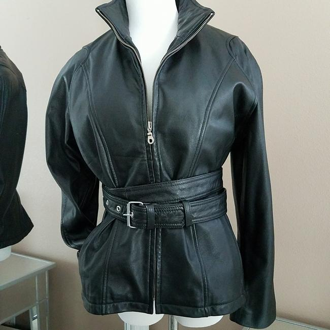 Preload https://img-static.tradesy.com/item/22859407/wilsons-leather-black-soft-genuine-thinsulate-zip-in-lining-leather-jacket-size-4-s-0-0-650-650.jpg