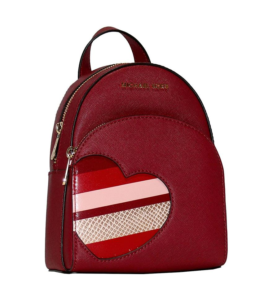 f046d172f18372 MICHAEL Michael Kors Hearts Abbey Xs Mini Daypack Signature Brown Backpack  Image 4. 12345