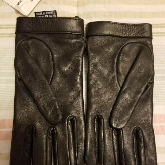 Chanel Authentic Chanel Turn Lock Quilted Lambskin Gloves Size 6.5 Image 6