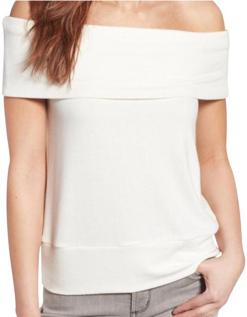 Preload https://img-static.tradesy.com/item/22863088/cupcakes-and-cashmere-off-the-shoulder-sweater-0-1-650-650.jpg