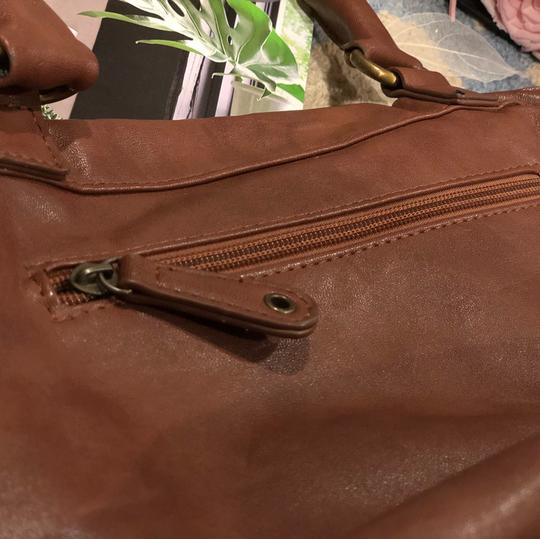 IORI Satchel in light Brown Image 5