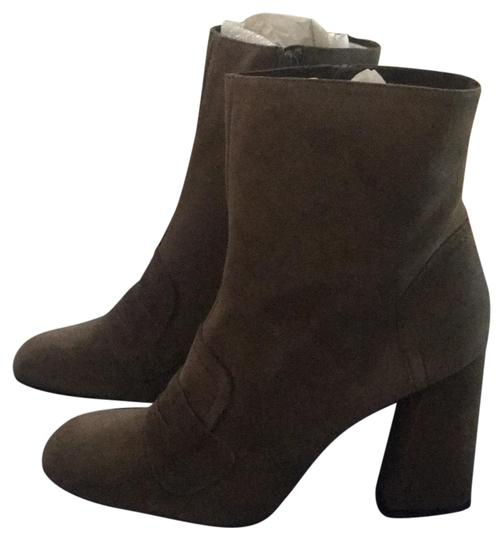 Preload https://img-static.tradesy.com/item/22864435/stuart-weitzman-gray-moxanne-penny-slot-bootsbooties-size-us-9-regular-m-b-0-3-540-540.jpg