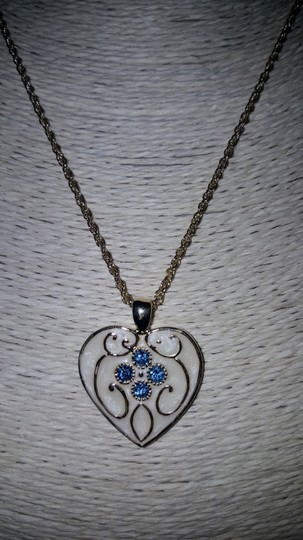 Insppired Inspiration heart necklace Image 1