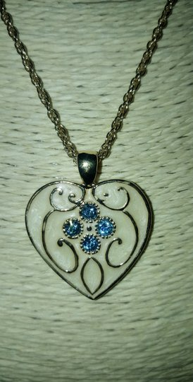 Insppired Inspiration heart necklace Image 2