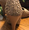 Style Shoes Gold Formal Image 6