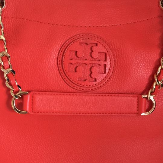 Tory Burch Tote in red Image 1