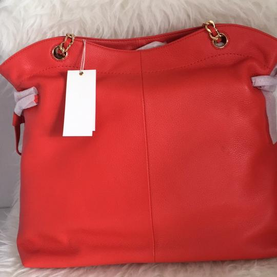 Tory Burch Tote in red Image 4