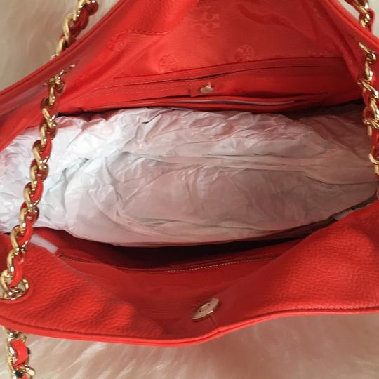 Tory Burch Tote in red Image 5