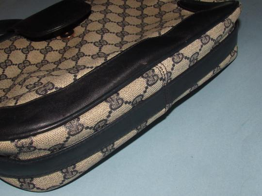 Gucci 'snaffle' Equestrian Accents Great For Everyday Rare Early Excellent Vintage Hobo Bag Image 8