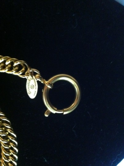 Chanel Iconic Chanel Gold-tone Necklace w/ Magnifying Glass Loupe Pendant Image 2