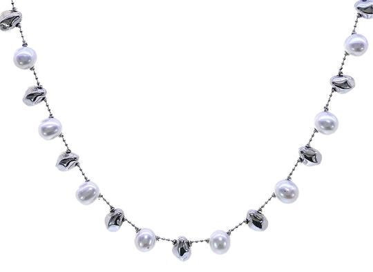 Preload https://img-static.tradesy.com/item/22865631/avital-and-co-jewelry-14k-white-gold-8mm-pearl-made-in-italy-necklace-0-1-540-540.jpg