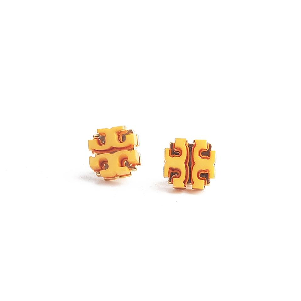gold the large p beaverbrooks context stud zirconia cubic earrings