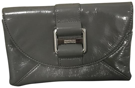 Preload https://img-static.tradesy.com/item/22865655/kenneth-cole-reaction-gray-leather-clutch-0-1-540-540.jpg