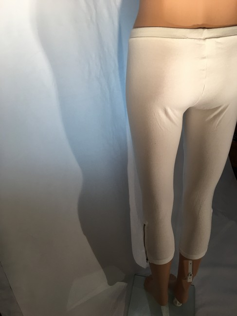 Ginatricot Capri Cropped Stretchy White Leggings Image 2