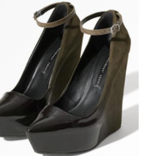 Theyskens' Theory Wedges Image 2