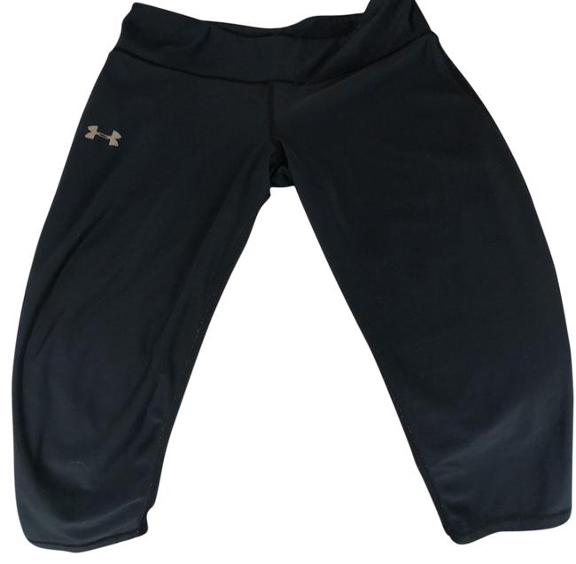 Preload https://img-static.tradesy.com/item/22865996/under-armour-black-cropped-leggings-activewear-bottoms-size-4-s-0-1-650-650.jpg
