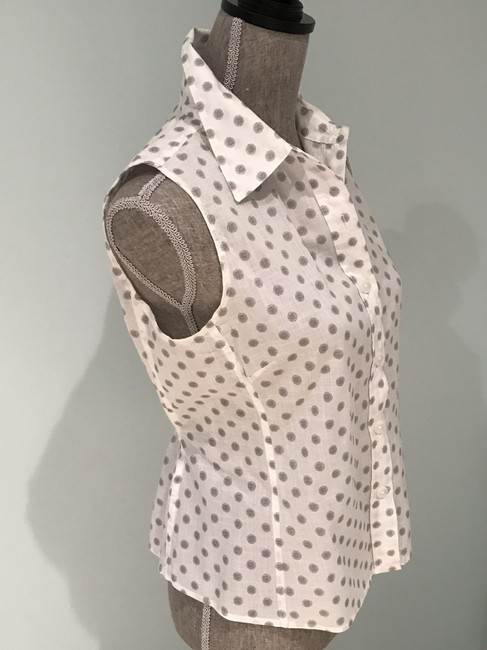 Gap Tops Size Small Tops Size 6 Summer Tops Button Down Shirt White and Black Image 2