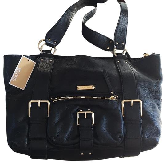 Preload https://item3.tradesy.com/images/michael-kors-austin-lg-work-black-buttery-soft-pebbled-leather-tote-22867042-0-1.jpg?width=440&height=440
